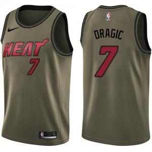 Maillot De Dragic Miami Heat vert Nike No.7 Salute to Service Homme