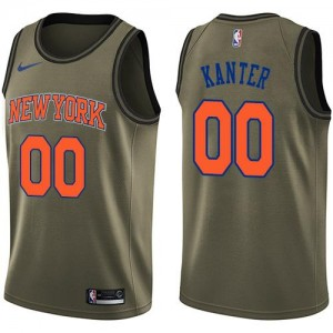 Maillots Enes Kanter Knicks Homme Salute to Service vert Nike No.00