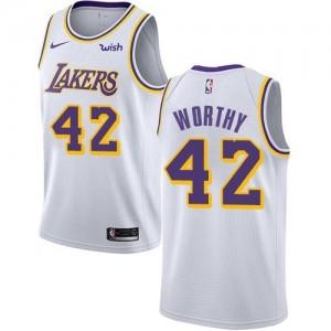 Nike NBA Maillot De James Worthy Los Angeles Lakers Enfant Blanc Association Edition No.42