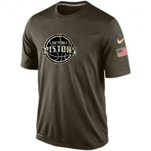 Tee-Shirt De Detroit Pistons Homme Olive Salute To Service KO Performance Dri-FIT Nike