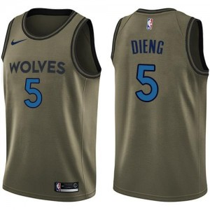 Nike NBA Maillot De Basket Dieng Minnesota Timberwolves Salute to Service vert Homme #5